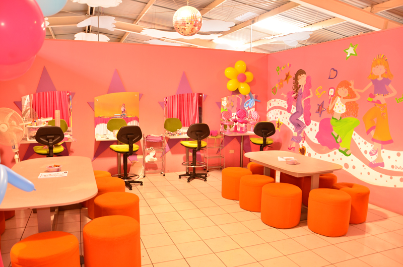 Party planet instalaciones for Spa y salon de belleza